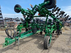 Applicator For Sale 2013 Great Plains NP30