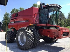 Combine For Sale 2017 Case IH 8240