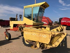 Windrower-Self Propelled For Sale New Holland 1114