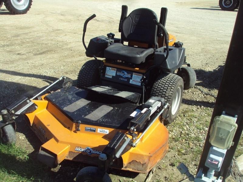 2008 Woods FZ23B Zero Turn Mower For Sale