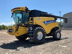Combine For Sale 2020 New Holland CR7.90