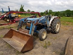 Tractor - Utility For Sale 1990 Ford 2120 , 42 HP