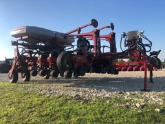 Planter For Sale 2010 Case IH 1250 12RN