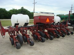Planter For Sale Case IH 955 8RN