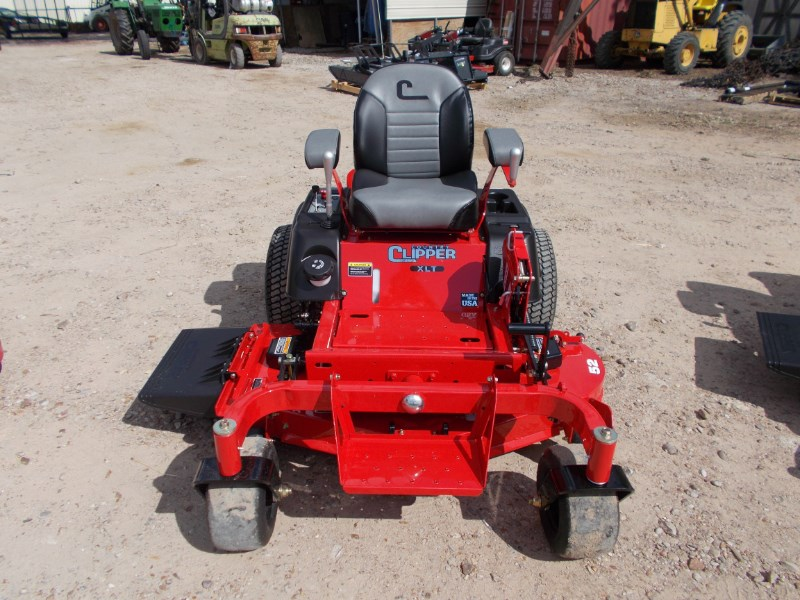 Country Clipper  Zero Turn Mower For Sale