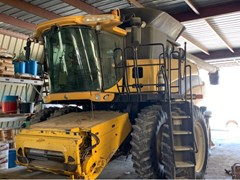 Combine For Sale 2007 New Holland CR9070