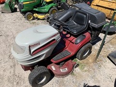 Lawn Mower For Sale 1998 White LT1650