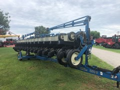 Planter For Sale 1998 Kinze 2600