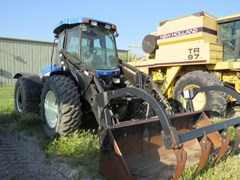 Tractor For Sale 2010 New Holland TV 6070