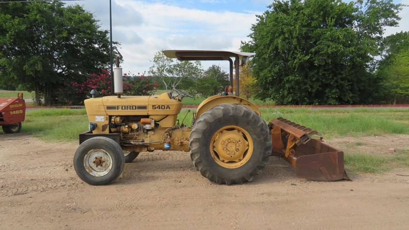 1983 Ford 540A Tractor For Sale