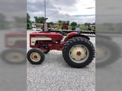 Tractor For Sale 1965 International 424 , 41 HP