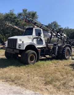Sprayer-Self Propelled For Sale 1996 International