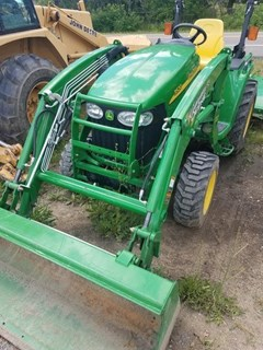 Tractor - Compact Utility For Sale 2013 John Deere 3520 , 37 HP