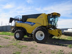 Combine For Sale 2020 New Holland CR8.90