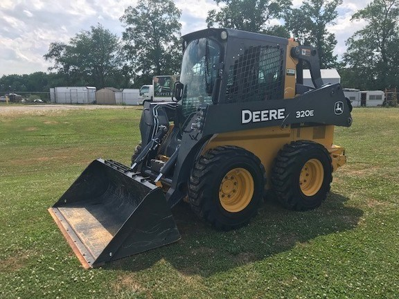 2017 John Deere 320E Skid Steer For Sale