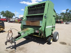 Baler-Round For Sale 1984 John Deere 530