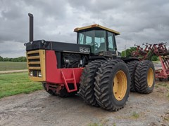 Tractor - 4WD For Sale 1985 Versatile 836