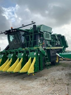 Cotton Picker For Sale 2020 John Deere CP690