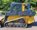 Skid Steer-Track For Sale: 2017 John Deere 323E
