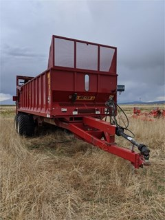 Manure Spreader-Dry For Sale 2017 Meyer 9524