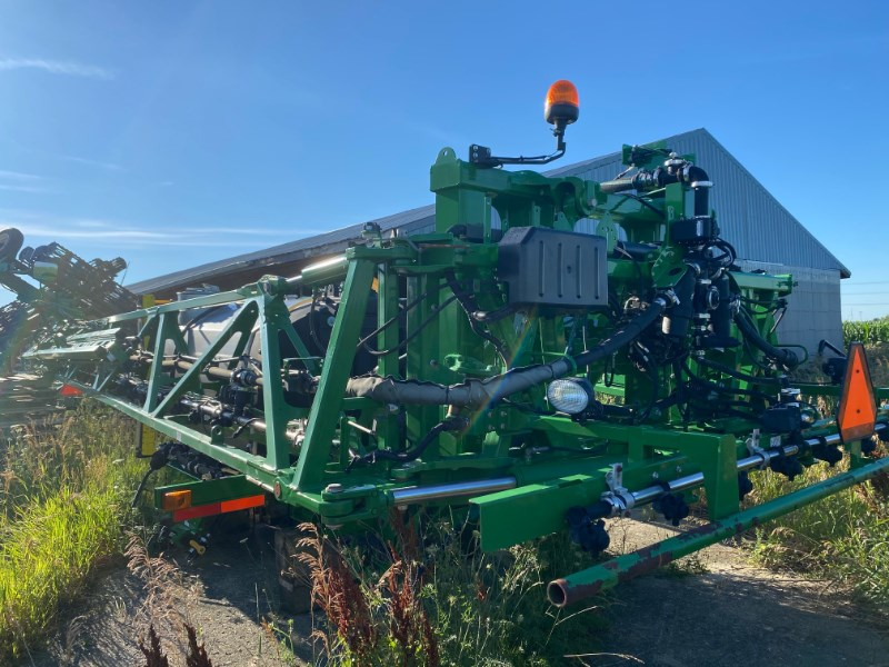 John Deere R series Sprayer Booms For Sale