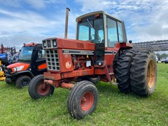 Tractor For Sale International 986