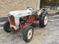 Tractor For Sale Ford 600 , 30 HP