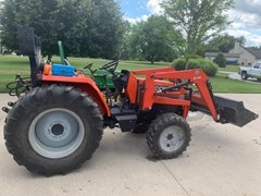 Tractor - Compact Utility For Sale 2002 Agco ST40X