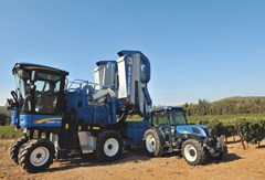 Grape Harvester-Self Propelled For Sale 2017 New Holland 9040MA , 141 HP