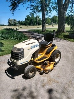Lawn Mower For Sale 2015 Cub Cadet Super LT1550 , 25 HP