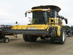 Combine For Sale 2014 New Holland CR8090