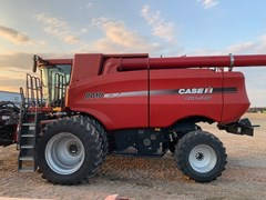 Combine For Sale 2008 Case IH 8010