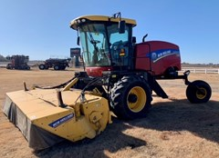 Windrower-Self Propelled For Sale 2015 New Holland Speedrower 220