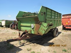 Feeder Wagon-Portable For Sale John Deere 714
