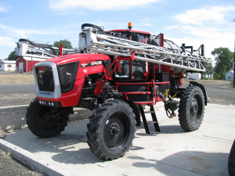 2020 Apache AS 1240 XP Sprayer-Self Propelled For Sale