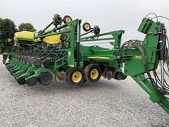 Planter For Sale John Deere DB60