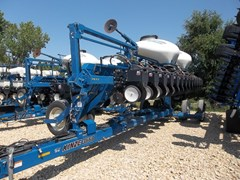 Planter For Sale 2012 Kinze 3660