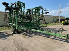 Field Cultivator For Sale 1996 John Deere 985