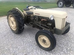 Tractor For Sale 1957 Massey Ferguson TO35 , 37 HP