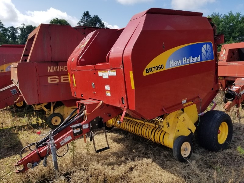 2010 New Holland BR7060 Baler-Round For Sale