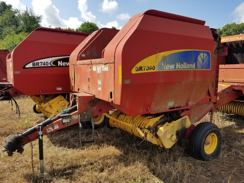 2008 New Holland BR7060 Baler-Round For Sale