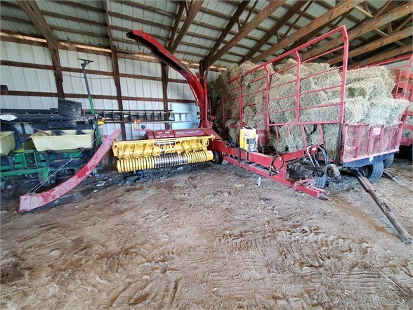 2013 New Holland FP240 Forage Harvester-Pull Type For Sale