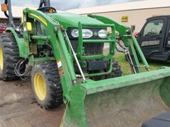 Tractor - Utility For Sale 2010 John Deere 2520 , 26 HP
