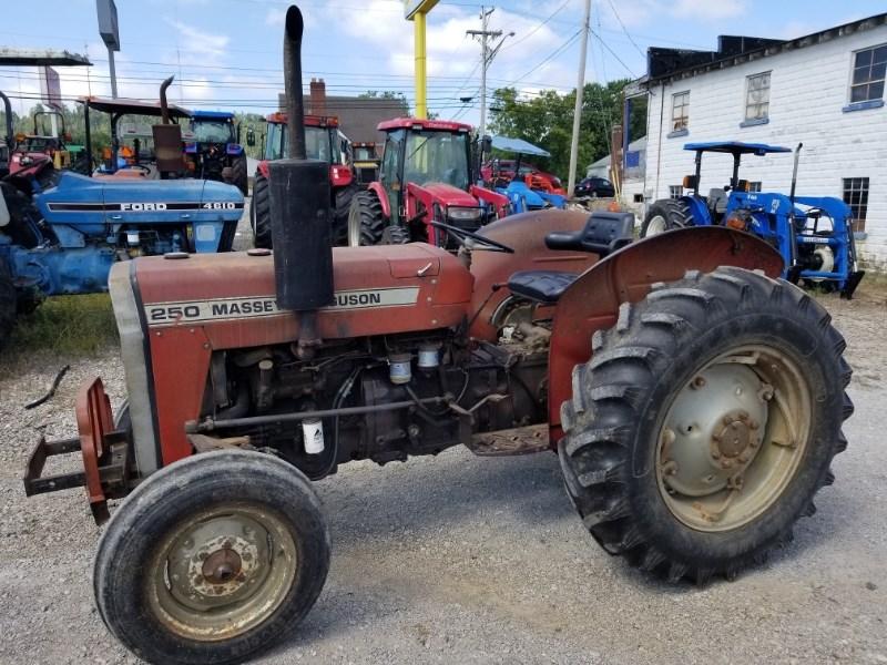 1983 Massey Ferguson 250 Tractor For Sale
