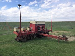 Planter For Sale Case IH 900 6ROW