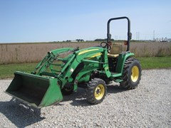 Tractor - Compact Utility For Sale 2007 John Deere 3320 , 32 HP