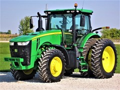 Tractor - Row Crop For Sale 2019 John Deere 8270R , 270 HP