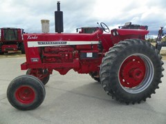 Tractor For Sale 1967 International 1256