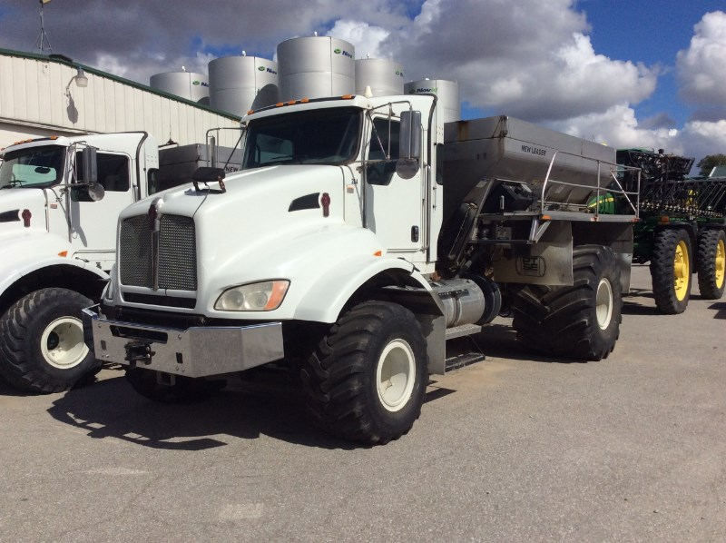 2013 Kenworth NEW LEADER L4000G4 Fertilizer Spreader For Sale