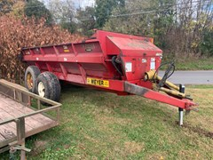 Manure Spreader-Dry/Pull Type For Sale 2010 Meyer 7400